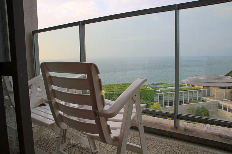 安藤忠雄氏が設計した淡路島一のリゾート施設「淡路夢舞台」