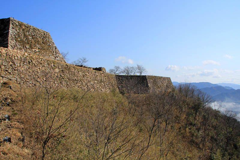 雲海がなくても、誰もいない竹田城は神秘的な風景!