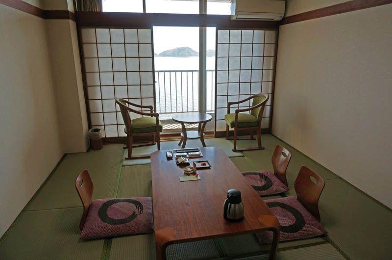 窓から飛び込む絶景がすごい!絶景満喫の客室