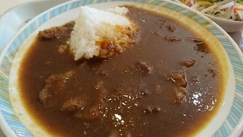 松阪牛スジ肉を使った絶品のカレーがなんと食べ放題!
