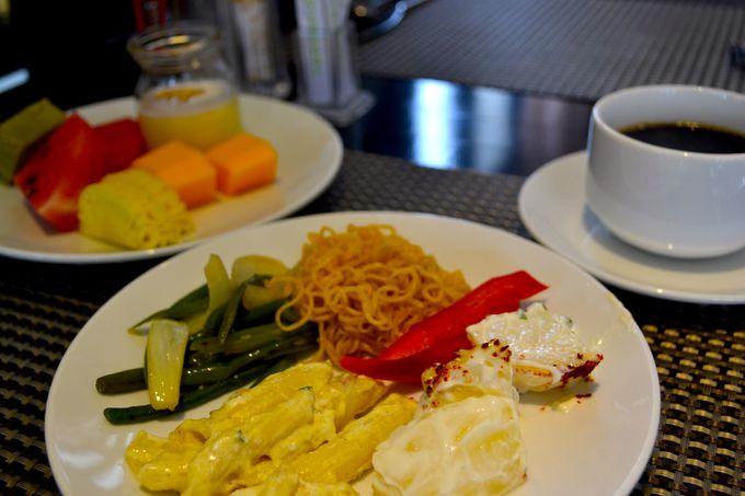 朝食はありがたいバイキング形式
