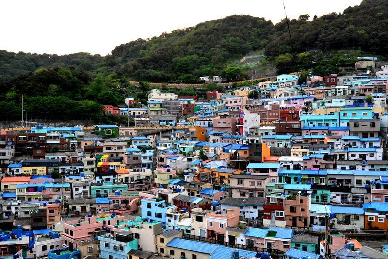 韓国のマチュピチュ!?釜山のアートでカラフルな甘川洞文化村に行ってみよう!