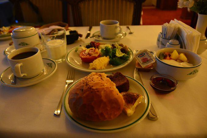 絶景と共に種類豊富な朝食ビュッフェもまたお薦め♪
