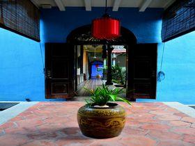青いお屋敷に宿泊!ペナン島の世界遺産建築「チョンファッツィーマンション」