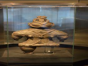 縄文晩期の最後を飾る津軽「亀ヶ岡土器文化」遮光器土偶は中空だった!