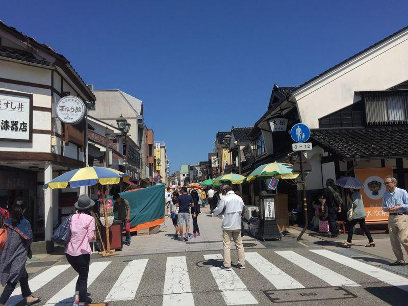 朝の空気を堪能!NHK『まれ』の舞台・石川県輪島の朝市