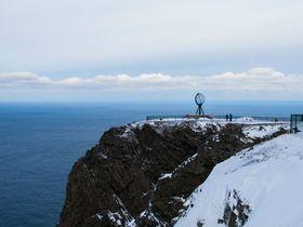 ヨーロッパ最北の絶景!ノルウェーの断崖絶壁の岬ノールカップで何を願う!?