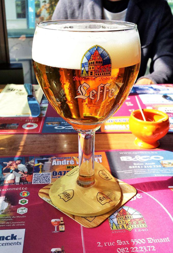 ディナンを訪れたら絶対飲みたい!ベルギービール「Leffe」