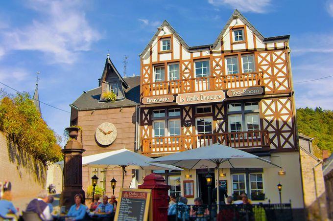 旧市街にはキュートなショップやカフェが目白押し!