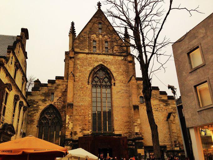 マーストリヒト一番人気の観光地はここ!「世界一美しい本屋」