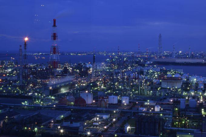 日本夜景遺産認定!三重県四日市「うみてらす14」の工場夜景が美しい
