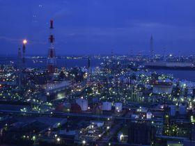 日本夜景遺産認定!三重県四日市「うみてらす14」の工場夜景が美しい|三重県|トラベルjp<たびねす>
