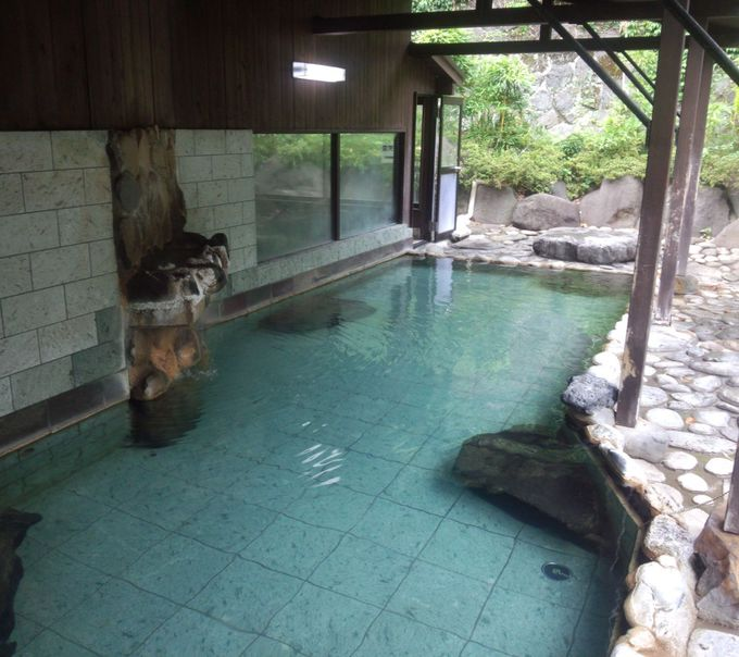 古き良き昭和の風情を感じる「レトロ温泉」をぐるっと観光