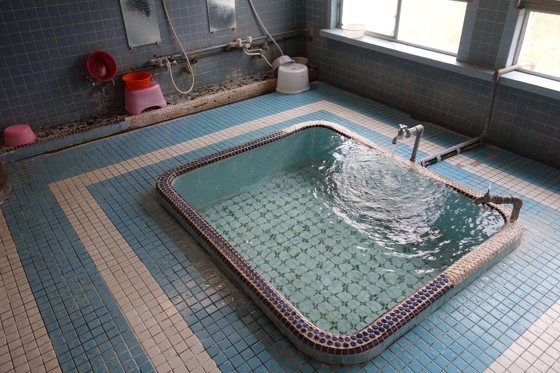 名水に浸かるという贅沢!薩摩川内・市比野温泉「元湯 丸山温泉」