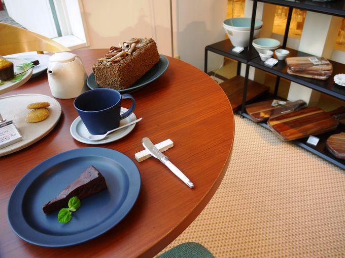 スタイリッシュな食器や家具が揃う、「S-CUBIC」