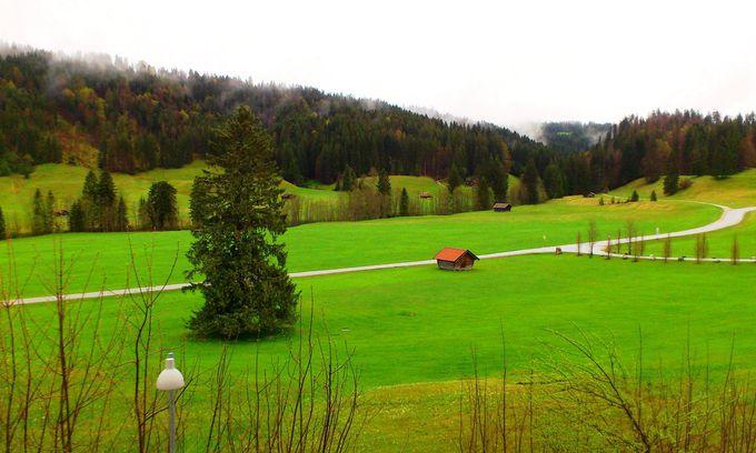 南ドイツの「シュロス エルマウ」は、究極の隠れ家リゾート!
