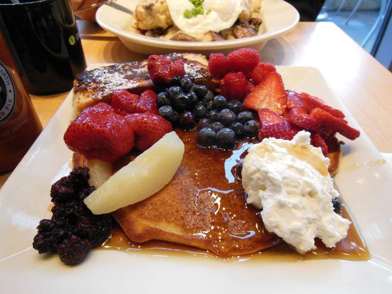 シアトルのこだわりパンケーキ!「ポーティジベイ・カフェ」でアメリカンな朝食を
