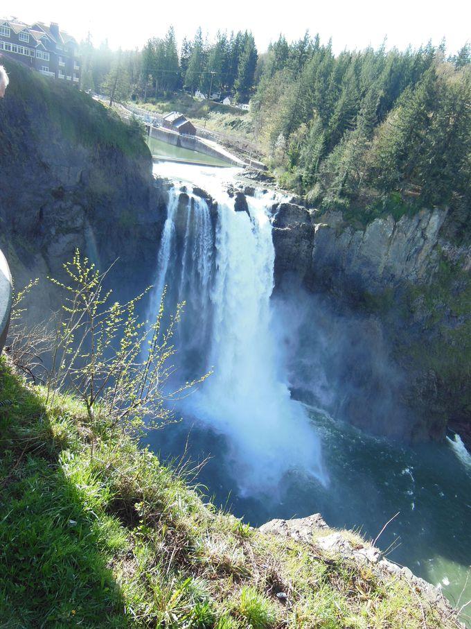 ドラマを象徴する風景、スノコルミー滝