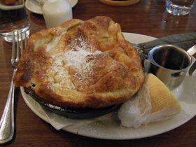 シアトルの人気カフェでふわふわ幸せスイーツ「ダッチベイビー」を!