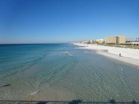 エメラルドにきらめく米フロリダ州「エメラルドコースト」をドライブ!