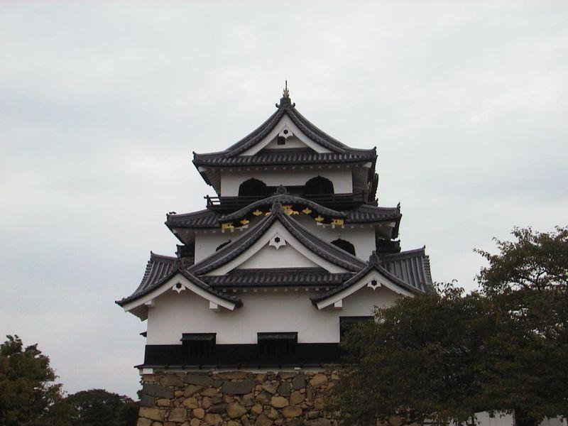 近江の歴史にのんびりふれる旅 井伊家ゆかりの「国宝彦根城」と商人のまち「近江八幡堀めぐり」