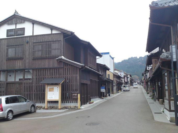 古い町並みには、岩村藩の商家や酒蔵など 見どころ満載です