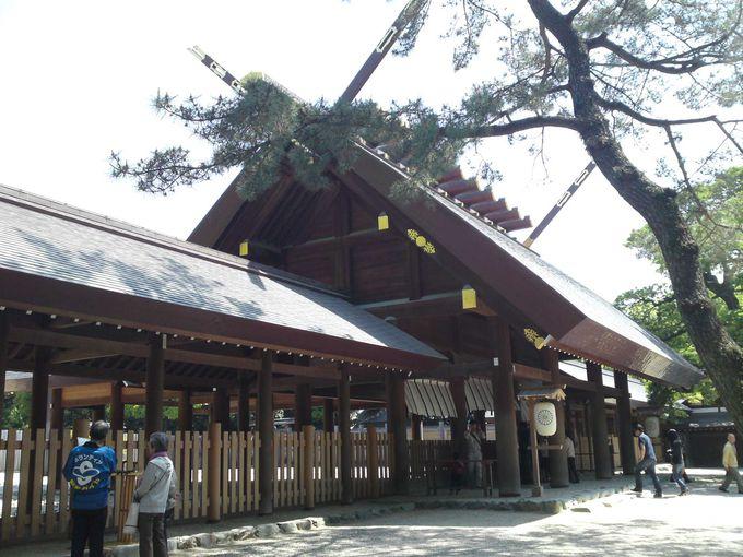 熱田神宮本宮を清らかな気持ちで参拝します