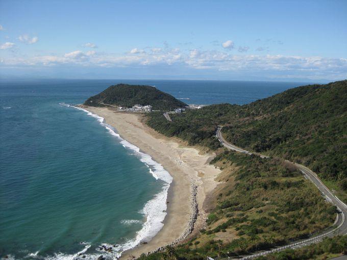 もうひとつの見どころ「恋路ヶ浜」は伊良湖岬を訪れるカップルの定番スポット