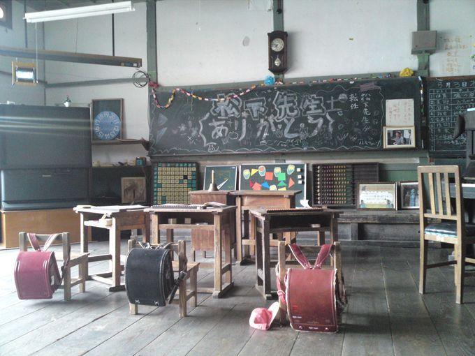 CM撮影に使われた教室がそのままの形で保存されています
