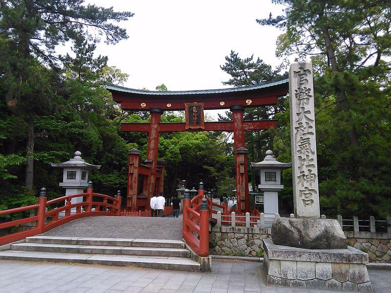 敦賀の二大観光地「氣比神宮」と「気比の松原」をめぐる旅
