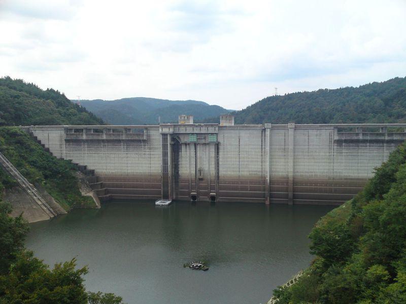 人気の「ダムカード」を一気に収集!岐阜県恵那市のダムめぐり