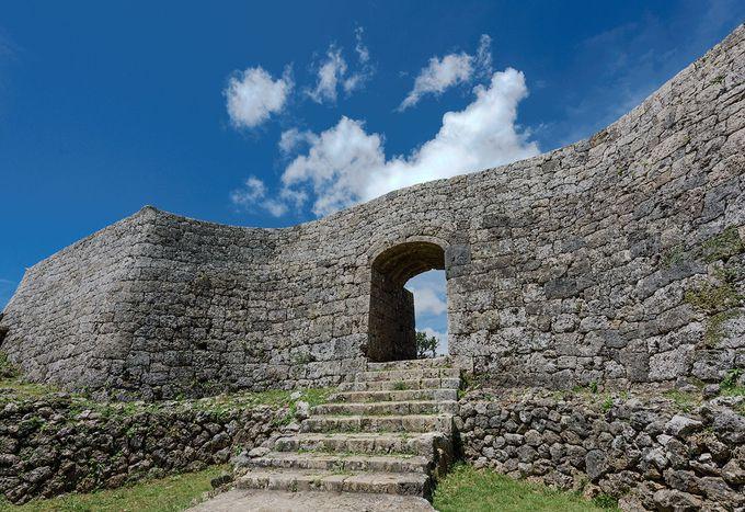 最も良く遺構が残る「中城城」に海洋国家の残像を見る