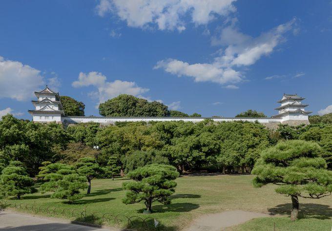 二基の櫓が町のシンボル・先ずは名城「明石城」へ