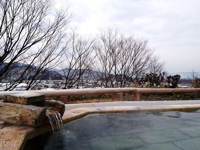 善光寺平を眺望できる日帰り天然温泉「大室温泉 まきばの湯」