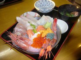 絶景「東尋坊」や海鮮丼も満喫!越前三国で楽しむレトロ散策|福井県|トラベルjp<たびねす>