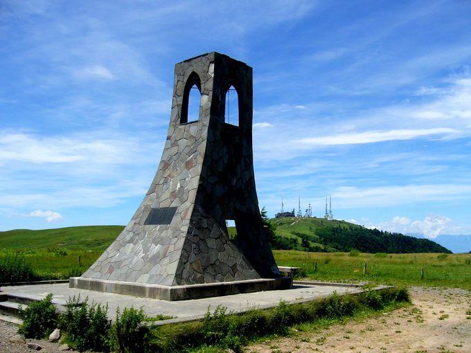 美ヶ原高原のシンボル「美しの塔」