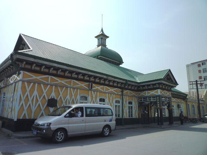 ロシア風のレトロな駅舎「旅順駅」