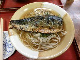 京都人の愛する元祖にしんそばは南座よこの「松葉」で!