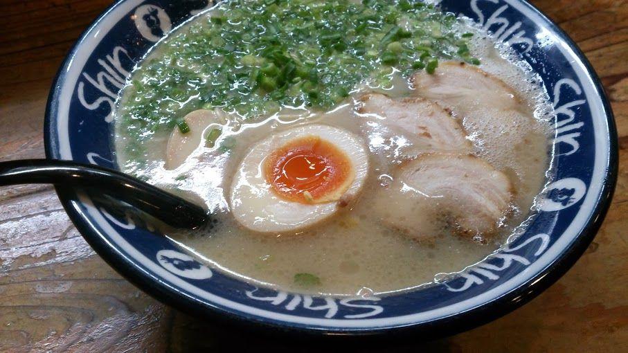 福岡ならではの豚骨の味を!博多駅徒歩圏内のラーメン店5選