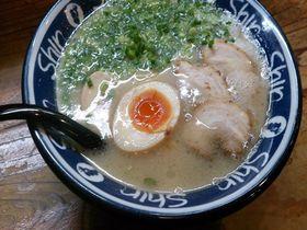 福岡ならではの豚骨の味を!博多駅徒歩圏内のラーメン店5選|福岡県|トラベルjp<たびねす>