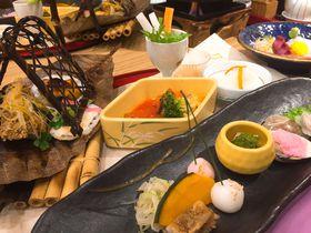 料理自慢の宿!男鹿温泉「結いの宿・別邸つばき」で海と山の幸を堪能しよう|秋田県|トラベルjp<たびねす>