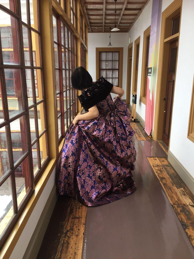 「小坂鉱山事務所」のレンタルドレスで素敵に変身!