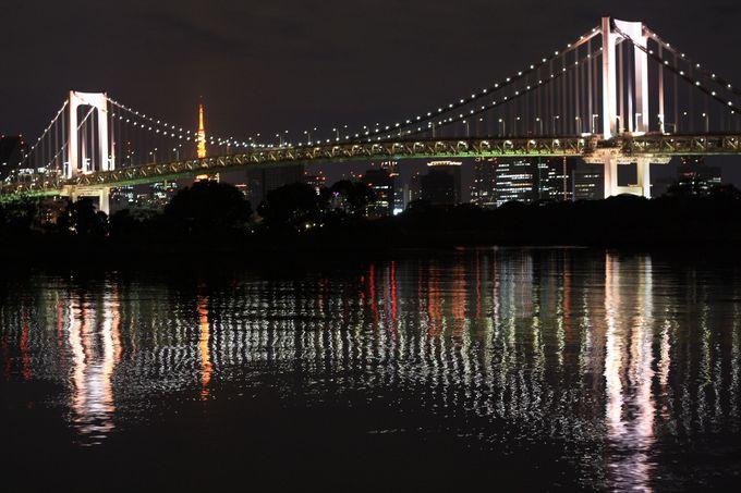 お台場からはレインボーブリッジと東京タワーを