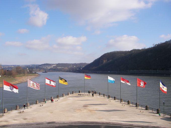 ライン川とモーゼル川の合流地点「ドイツの角」