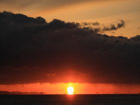 幸運の「だるま朝日」も見えるかも!徳島で朝日を見るならここだ3選|徳島県|トラベルjp<たびねす>