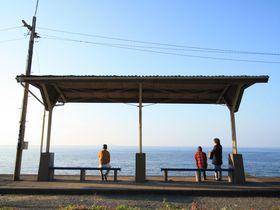 ぶらり途中下車しちゃう!愛媛「下灘駅」での撮影ポイントまとめ|愛媛県|トラベルjp<たびねす>