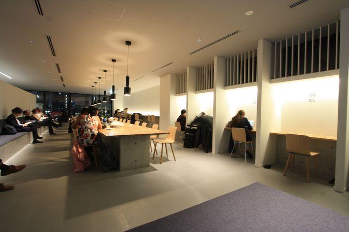 ラウンジは作業空間としても利用可