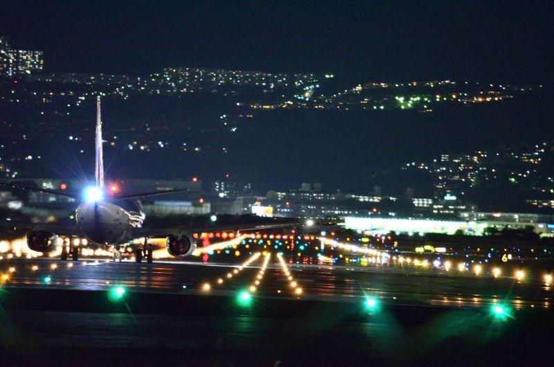 大阪「千里川土手」で伊丹空港離発着の飛行機写真を撮ろう