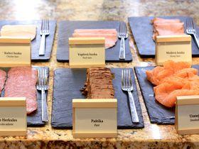 プラハの五つ星「コスモポリタンホテル」は部屋だけでなく朝食も感動レベル!