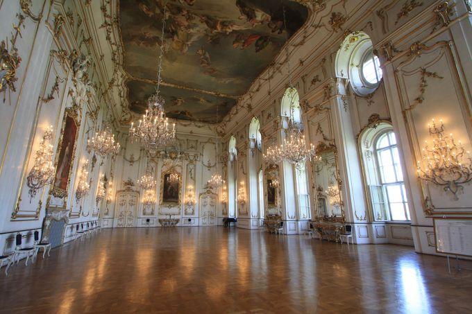 豪華すぎる!?大司教宮殿の内部とは